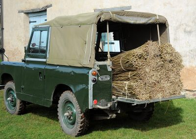Land rover picking up the crop